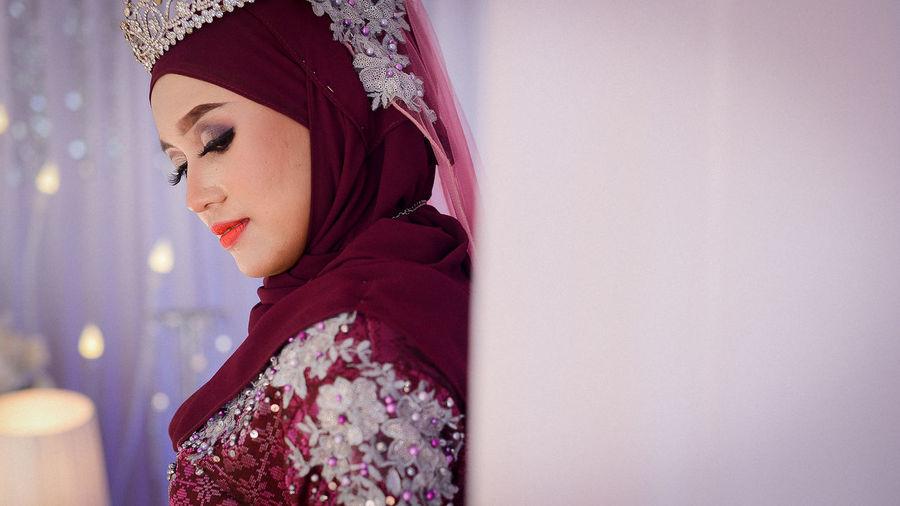 EyeEm Selects Young Women Beautiful Woman Portrait Beauty Beautiful People Women Headshot Winter Human Face Warm Clothing