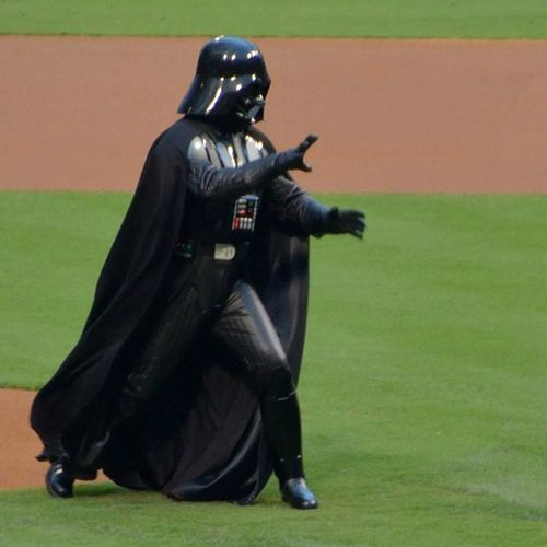 Darth Vader throws out the first pitch at the Phillies game first inaugural Star Wars night!!! Philadelphia Philadelphiaphilles Starwars Firstpitch Baseball Phillies Darthvader