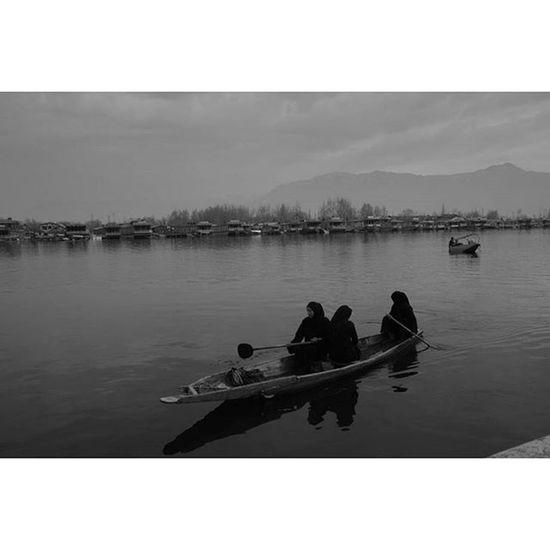 Dal Lake, Srinagar, Kashmir, three sisters on the way to the local market People India Dallake Documentary humaninterest photodocumentary streetphotography reportage monochrome bw blackandwhite b&w ontheroad instagood landscape dailylife