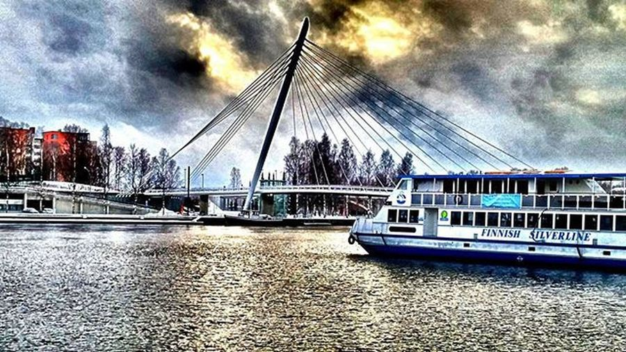 Boat Laiva Barco Bateau Water Vetta Agua Eau Bridge Silta Puente Pont Laukontori Finnishsilverline Tampere Tamperelove Tampereallbright Igerstampere Finland Visitfinland Suomi HDR Hdr_pics Hdr_lovers Kings_hdr bestphoto besthdr fotofanatics_hdr loves_finland ourfinland