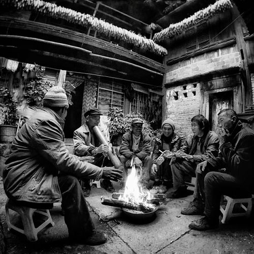 The gathering, one cold morning in Yunnan, China Men Outdoors People Day Joy Of Life Freedoom  Streetphotography Real People Monochrome Travel Destinations Street Life Streetphoto_bw Street Yunnan, China Gather Friends Gathering Wintertime Keep Warm Finding New Frontiers