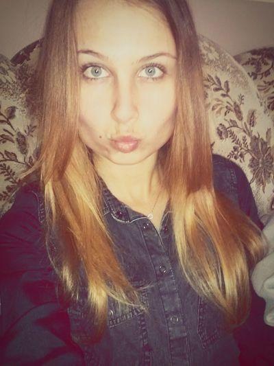 Hi Everyone ♡ Good_morning Good Day Blonde Girl First Eyeem Photo