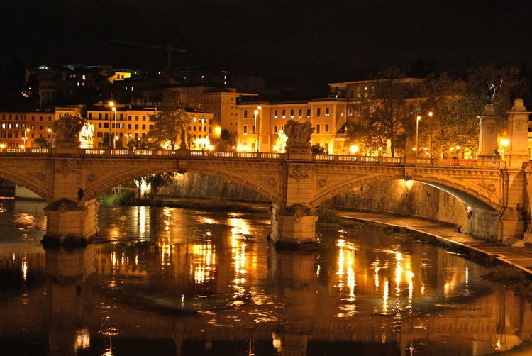 Traveling Rome Italy Roma Trip Rome Holiday Tiber Old Bridge Bridge The Great Outdoors - 2015 EyeEm Awards