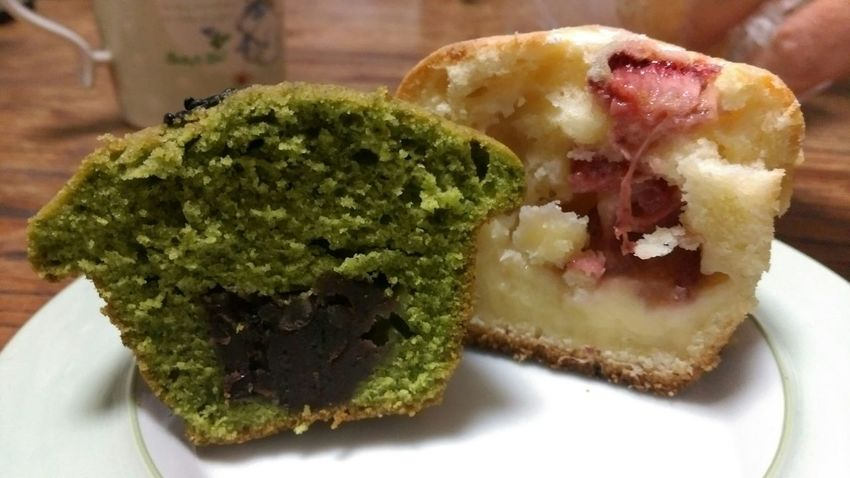 Dessert Muffins Sweets Matcha Beans Strawberry Custardcreams Ricoh GRD III 限定の小豆抹茶マフィンが美味!