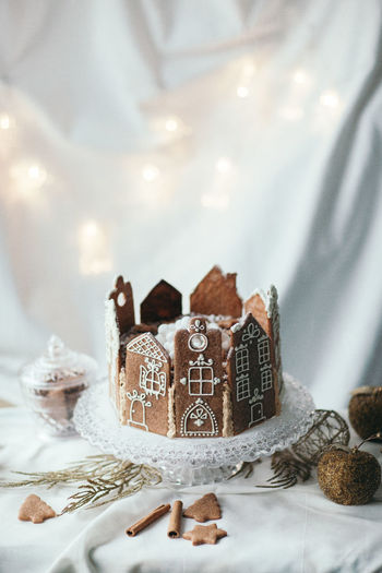 Celebration Decoration Indoors  Christmas Decoration Holiday Christmas Table No People Close-up Sweet Food Cake Still Life Food Selective Focus Gingerbread Gingerbread House Homemade Cake Event Design