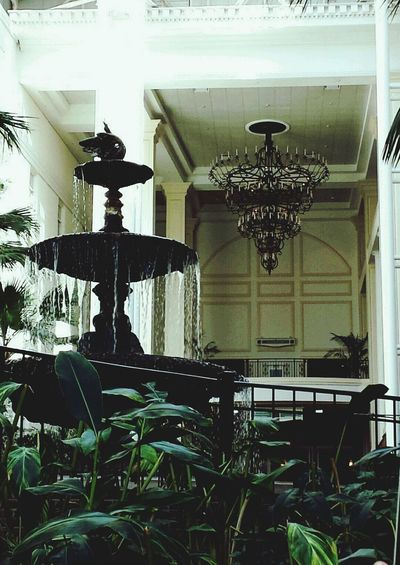 Chandelier Oprylandresort Architecturelovers