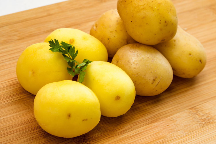 Potatoes Plant Food Food And Drink Healthy Eating No People Potato Potatoes Ready-to-eat Still Life Table Vegetable Vegetarian Food