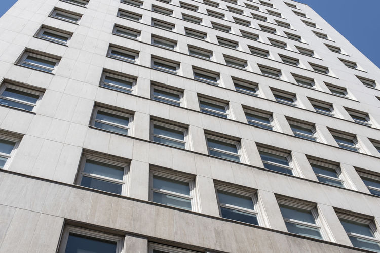Architecture Built Structure Low Angle View Building Exterior Window Building No People Day City Repetition Pattern In A Row Full Frame Design Outdoors Modern Backgrounds Residential District Nature Shape Apartment Eidificio Comega Comega Buenos Aires Buenos Aires, Argentina