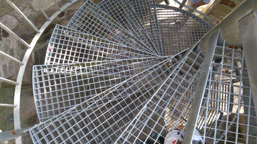 Metalltreppe Gitter Gitterrost Spiraltreppe Nach Unten Hinab Downstairs View Downstairs Close-up Spiral Staircase Spiral Spiral Stairs Steps Stairs