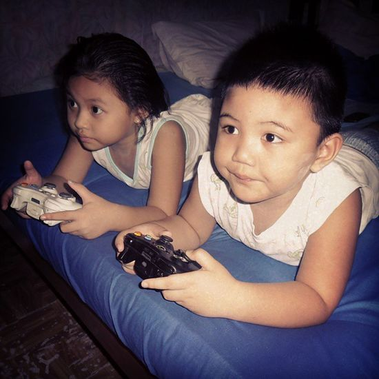 Brent and Sweety Xbox360 ToyStory3 Playtime