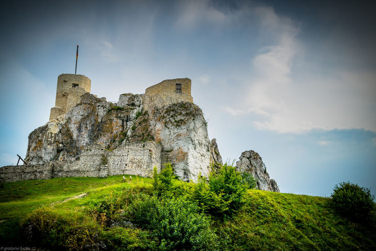 The ruins of Rabsztyn castle Castle Landscape_Collection Ruins Ruins Of A Castle Ancient Ancient Civilization Architecture Building Built Structure Castle Ruin Castle Ruins Castle View  Castle Wall Castle Walls History Landscape_photography Low Angle View Old Ruin Outdoors Ruins Architecture Ruins Of A Past Ruins Still Beautiful Ruins_photography The Past Travel Destinations