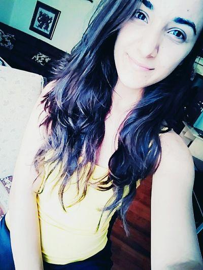 Smile ✌ Yellow Selfie ✌