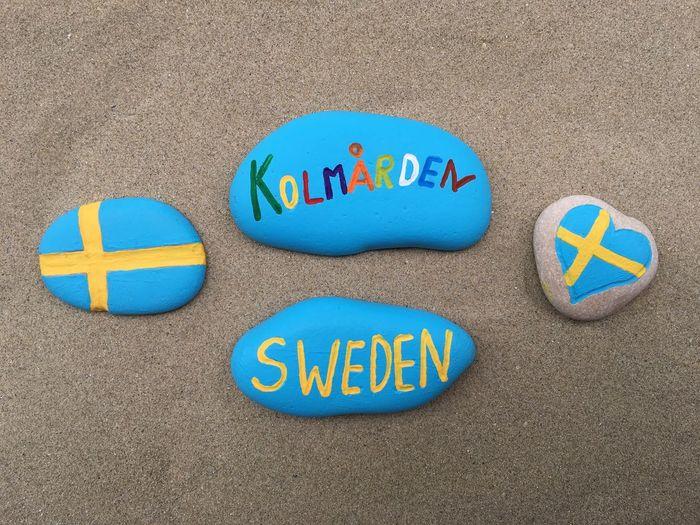 Kolmården Visit Kolmården Sweden Sverige Scandinavia Tourism Stones Yournameonstones Souvenir Art Work Craft Work Design Colors Flagga Swedish Flag Love Kolmården
