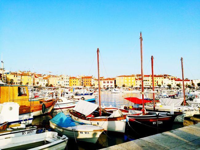 Sun Ciel Wather Day Color Beauté éphémère Port Boat Bateaux No People Light Contraste Croatia Rovinj, Croatia Flashy Sky Beautiful Colors
