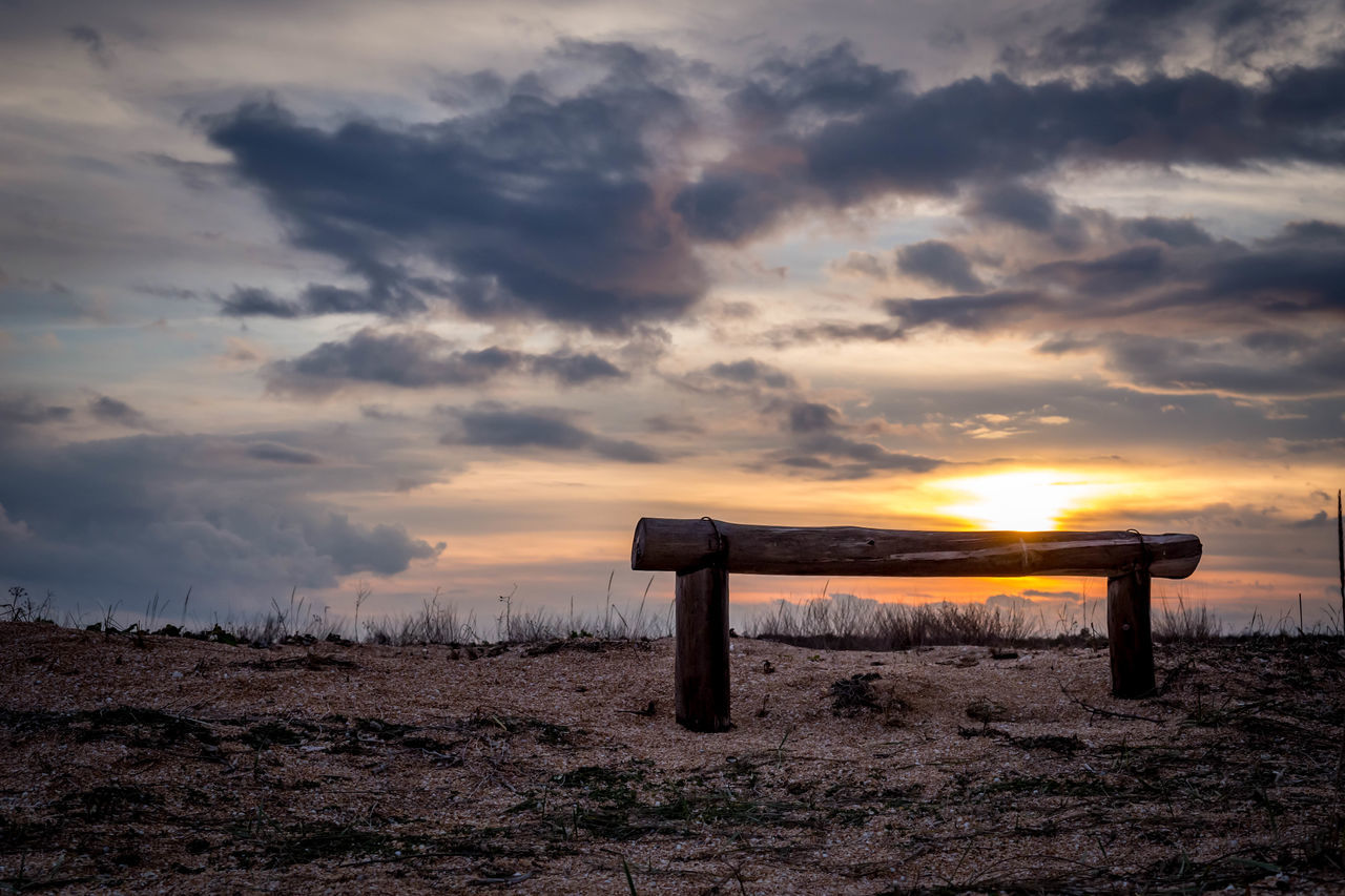 sunset, cloud - sky, sky, nature, beauty in nature, tranquility, field, tranquil scene, scenics, no people, landscape, outdoors, wooden post, day