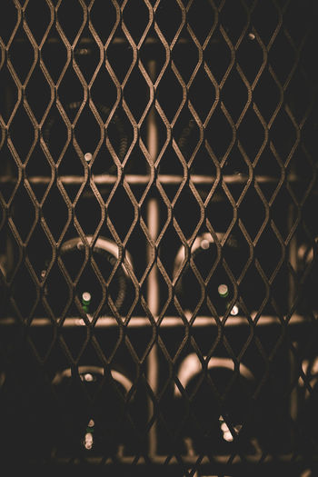 Wine Vscocam Makeportraits Storyportrait Makemoments Justgoshoot Illgrammers Fatalframes Createcommune Agameoftones Acolorstory Acertainslantoflight Handsinframe Chasinglight Postmoreportraits Makeportraitsnotwar Friendsandwalls Vscofeature Vscobest Toldwithexposure TheCreatorClass Vscodaily Backgrounds Chainlink Fence Close-up Day Metal No People Outdoors Pattern Protection Safety Sky Only Repetition Locked Keyhole Textured  Seamless Pattern Link Chainlink Padlock Barbed Wire Wire Mesh Abstract Backgrounds Rough Latch Metal Grate Razor Wire Detail Fence LINE The Foodie - 2019 EyeEm Awards The Minimalist - 2019 EyeEm Awards