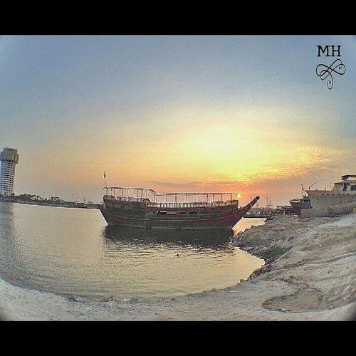 تصويري  Jeddah Tower Sun Set
