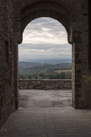 Ancient Architecture History Medieval Medioevo Natural Arch Sangusmè Triumphal Arch Tuscany Tuscany Countryside