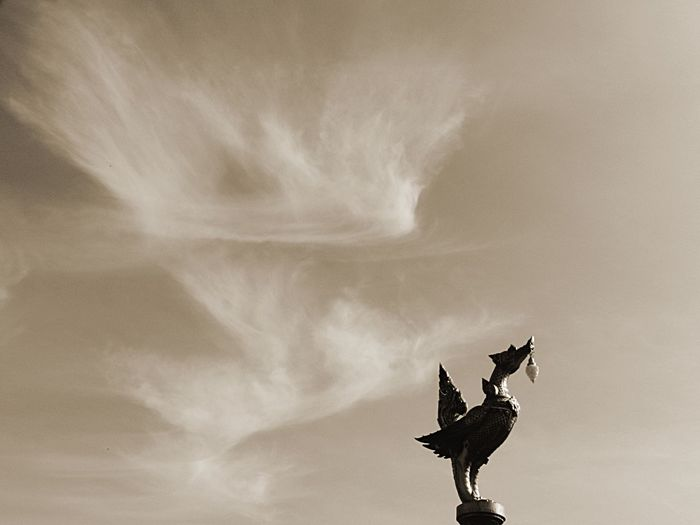 Kinnary Statue