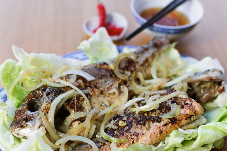 Fish Fish Sauce Food Freshness Fried Healty Home Cooking Homemade Lettuce Nuoc Mam Onions Sea Bream Seabream Vietnamese