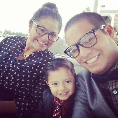 Y esta es mi familia los amó con todo mi corazón y me encanta tener una familia como la mía