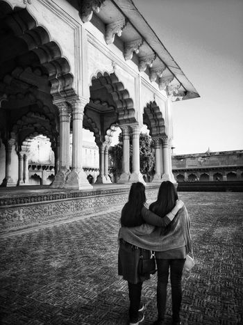 Friendship Agra Fort EyeEm Best Shots Leica Photography. Gpmzn Shot With Leica Camaraderie Mughal Architecture Ancient Palaces People Ladies Tourism Agra Monuments Togetherness Women History Architecture Building Exterior Built Structure