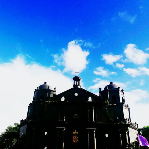 Catholic C hurch. Sky Architecture City Built Structure No People Cloud - Sky Outdoors Dome Day