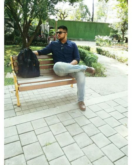 Outdoors Sunglasses Hotboy Handsome Followme Follow4follow Followforfollow Like4like Likeforlike Likeme Park Park - Man Made Space Walkpath Bench Nature Wooden One Person Adult Day Bag Comment4comment Comment Taking Photos My Photography Rate Pic