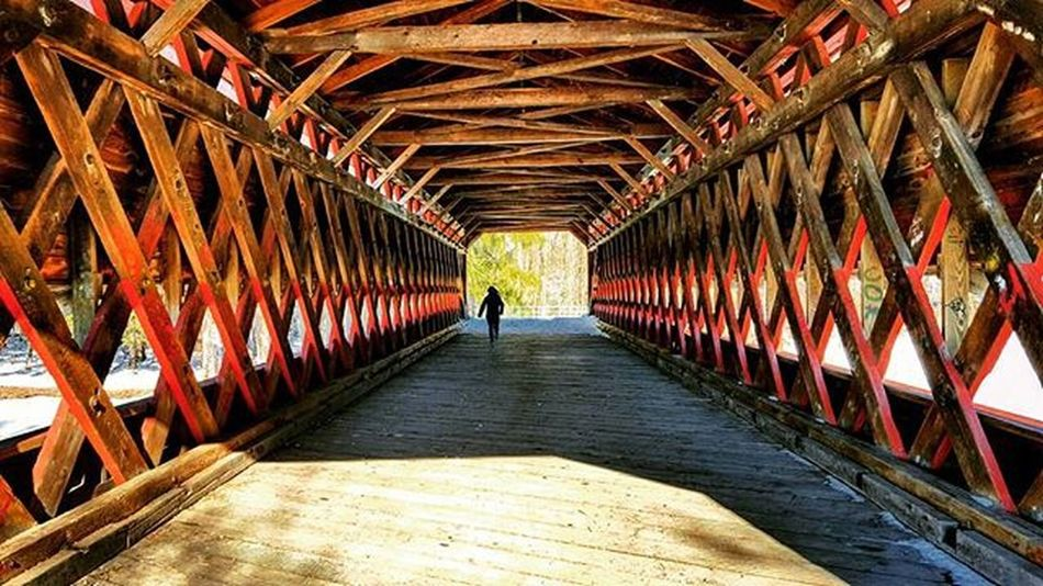 The most historic bridge in Pennsylvania built in 1854. Both the Union and Confederate forces crossed this bridge during the Battle of Gettysburg during the American Civil War. I felt like I was chasing the light at the end of the tunnel running through here and could just feel the rich history in every step I took 😊 Instagood Outdoorwomen Outdoorlife Alpinebabes Radgirlslife Lifeofadventure AdventureThatIsLife Neverstopexploring  WeLiveToExplore Wanderlust Outdooradventurephotos Rei1440project Liveauthentic Thiswanderer Myfavtourlina Wildernessbabes Dametraveler Darlingescapes Earthgirladventures Simplyadventure Adventureculture Travelbug Pennsylvania Symmetry History run bridge inspiration runhappy civilwar