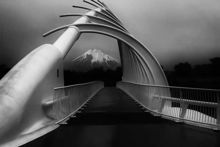 Mount Taranaki seen through the Te Rewa Rewa bridge. Available here: https://www.etsy.com/ca-fr/listing/259201934/photographie-du-pont-te-rewa-rewa-et-le?ref=shop_home_active_7 Black & White Black And White Blackandwhite Bridge Bridge - Man Made Structure Cloudy Cloudy Day Cloudy Sky Engineering Modern Mount Taranaki Mountain Mountain View New Plymouth New Zealand New Zealand Beauty New Zealand Scenery Taranaki Taranaki Landscape Taranaki Volcano Te Rewa Rewa Te Rewa Rewa Bridge Travel Travel Photography Volcano