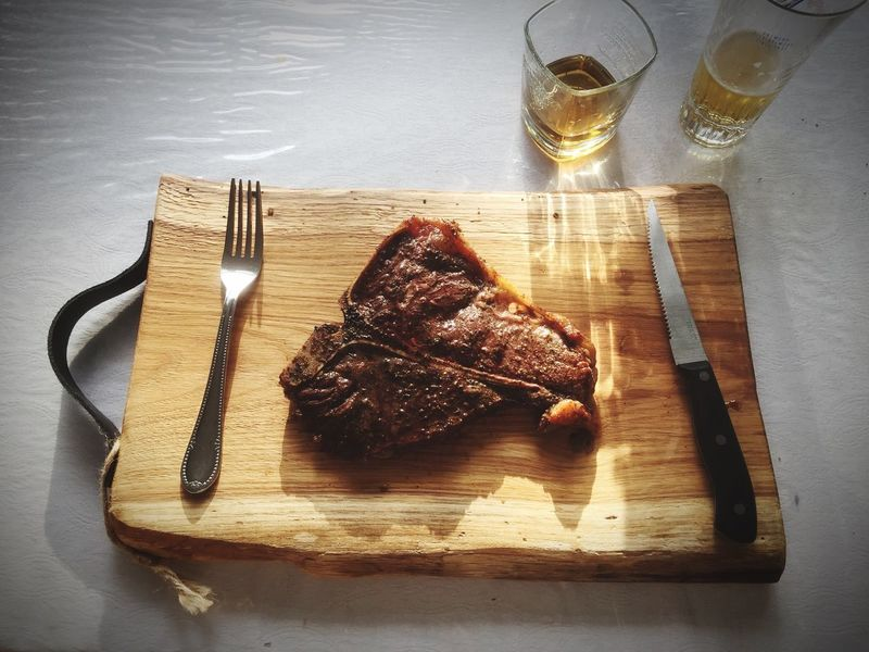 T-bone Plank Food