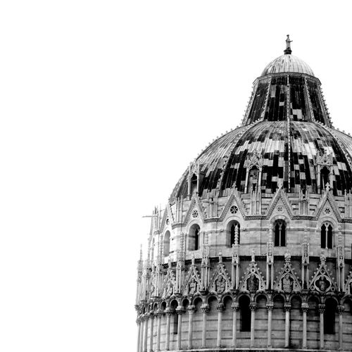 Dome Architecture Religion No People B&w BeW Black & White Black And White Blackandwhite Europe Italia Italy Pisa History Travel Destinations Built Structure Outdoors Low Angle View Duomo