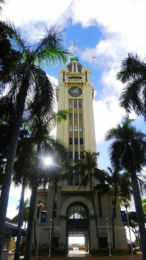 Hawaii Taking Pictures EyeEm Gallery Sun Light EyeEm Best Shots Sky_collection Colors Enjoy The Moment Harbour Aloha Tower