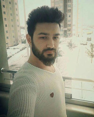 Hi! That's Me Istanbul Turkey Selfie ✌ Home Sweet Home Faces Of EyeEm Can Sıkıntısı Vol.4689642 Snow ❄ Freezing ❄ evde kaldık😱😱😱