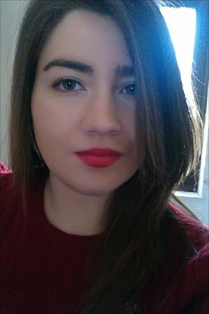 TBT  Italiangirl Girls Girl Portrait Of A Woman Portrait Selca Makeup Red Red Lips Eyes Brunette Me Curvy Theportraitist-2016eyeemawards