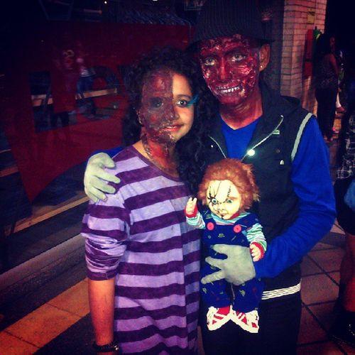 Mi complemento jajaja xD okayno Chuky Zombies  Halloween Cool noche