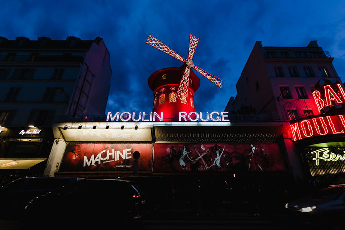 France France Photos France🇫🇷 Francia Moulin Paris Paris Je T Aime Paris ❤ Paris, France  Architecture Building Exterior Built Structure City Flag France 🇫🇷 Illuminated Low Angle View Moulin Rouge Moulinrouge Night No People Outdoors Parisian Red Road Trip Roadtrip Sky Text Travel Destinations
