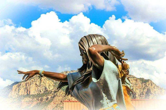Sacagawea statue in Sedona AZ. Beautiful! DesertBloomPhotography Lovetotravel Taking Photos Lovetoclick Sacagawea Sedona, Az Beautifulsky