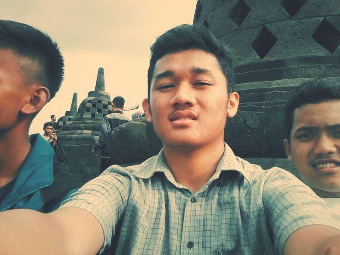 Traveling Borobudur INDONESIA Horror