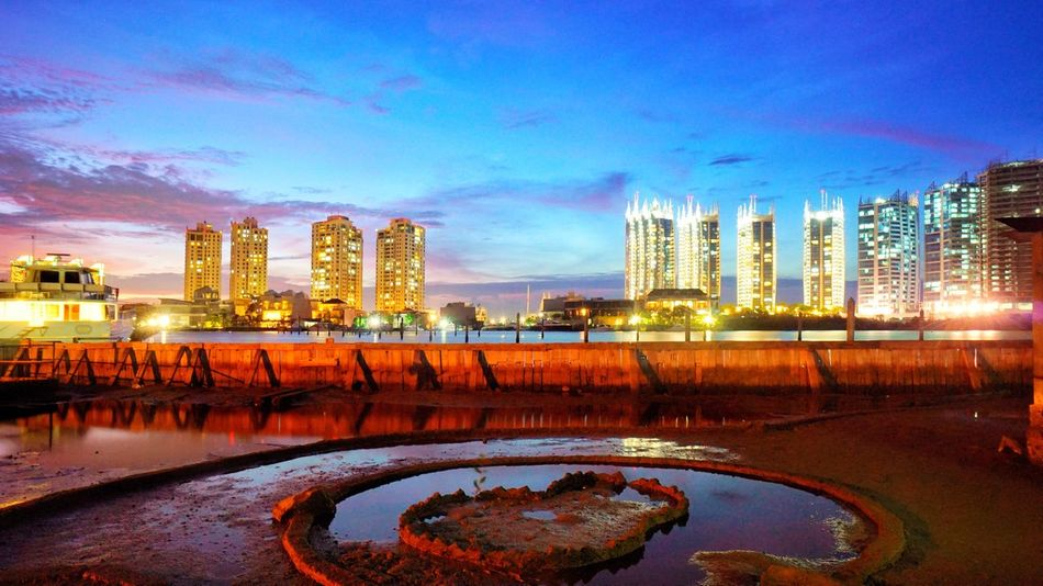 Twilight over Regatta Night Photography Night View Nightlight Photography By @jgawibowo Arif Wibowo Photoworks Shot By @jgawibowo Like Beach Reflection Wet Architecture City Cityscape Night Illuminated Building Exterior Built Structure Skyscraper Urban Skyline Sky