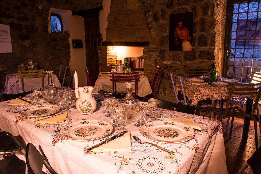 Cena Da Fiaba Cloth Country Style Dinner Room Dishes Elegant Glasses Italian Style Romantic Table Set