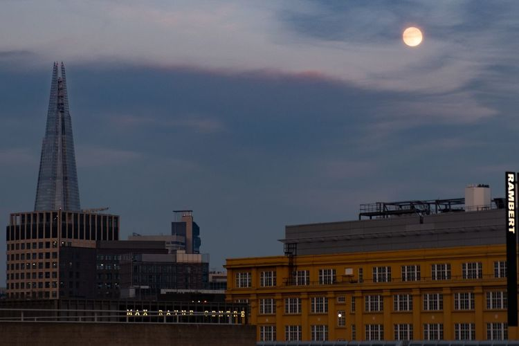 View from Waterloo During Extinction Rebellion Protests Architecture Built Structure Building Exterior Sky Moon Building City Full Moon Cloud - Sky The Great Outdoors - 2019 EyeEm Awards