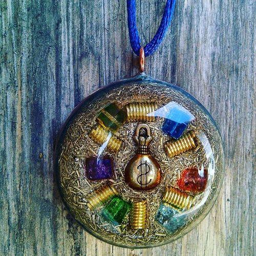 Via BBM : 59A0514C Via tokopedia : https://www.tokopedia.com/soul-id/pendant-orgonite --- Pendant Orgonite, silakan di order kakaaaaa ☺☺ Kesehatan Orgonite Aura Energybalance Crystal Pendant INDONESIA