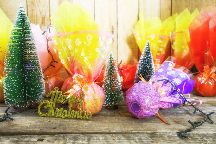 Food Indoors  Still Life Food And Drink Table Apple - Fruit Apple Gift Christmas Decoration Christmas Eve Peace Fruit For Sale Multi Colored Close-up
