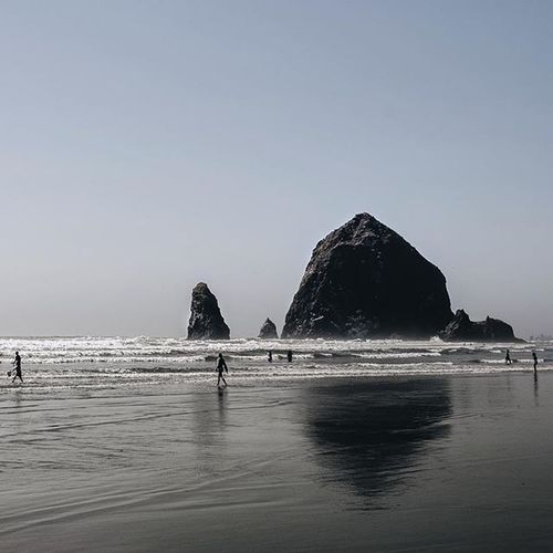 A day without sunshine is like, you know, night. Ocean Oregon Throwback VSCO Vscocam Pic Photooftheday Beach