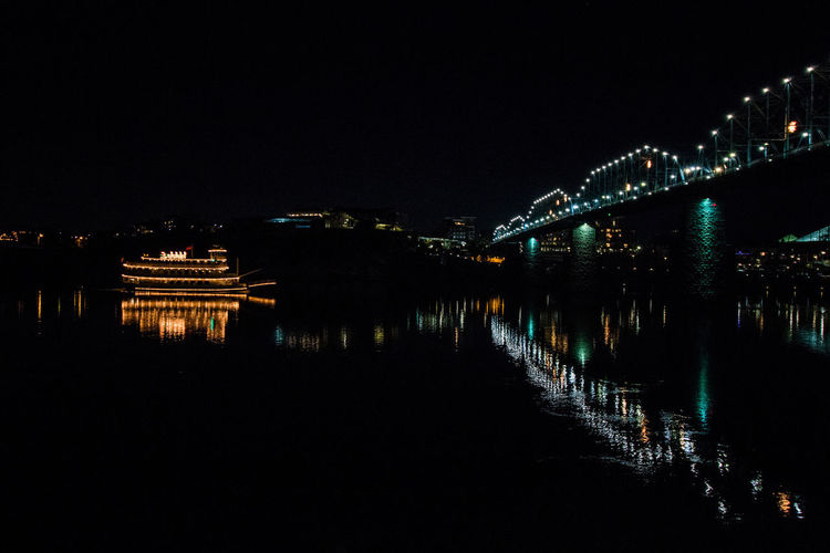 Night Reflection Star - Space Illuminated Arts Culture And Entertainment Water Nature City Bridge Boat Tennessee Chattanooga Tennessee Nightphotography Night Lights Night View Night Photography The Week On EyeEem City Light Adventures In The City Adventures In The City The Traveler - 2018 EyeEm Awards HUAWEI Photo Award: After Dark