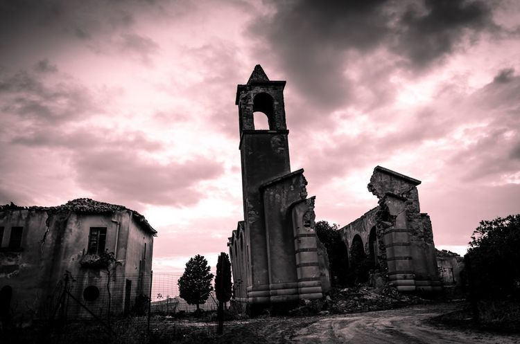 Borgo San Giuliano Sicily Nikonphotography Nikon Building Exterior Religion Architecture Spirituality Built Structure Cloud - Sky Sky Outdoors Place Of Worship Day No People