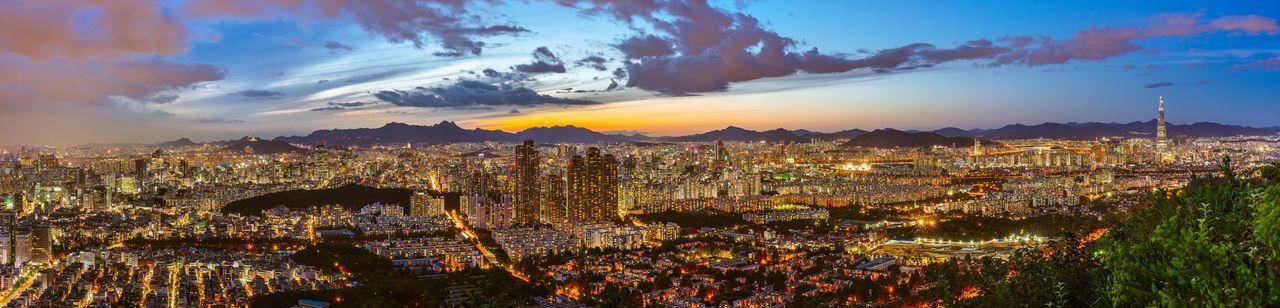 Seoul City Night Landscape Night View Nightscape Panorama with Sony A7R and Mitakon Speedmaster 50/0.95