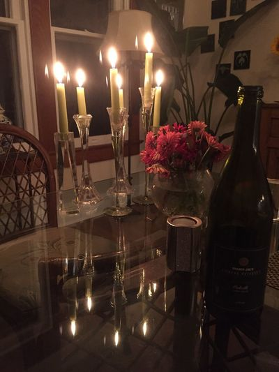 Dinner at my best friend's house! Candles Wine Elégance Candlelight Dining