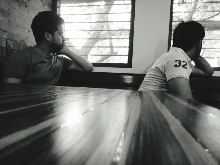 Telling Stories Differently Usually people will click the view they are enjoying but I wanted to click the people who were enjoying the view. Focused Thoughts Reflecting Enjoying Black & White Friends Enjoying Life Enjoying The View Waiting For A Meal From My Point Of View Story Black And White Photography Eyes